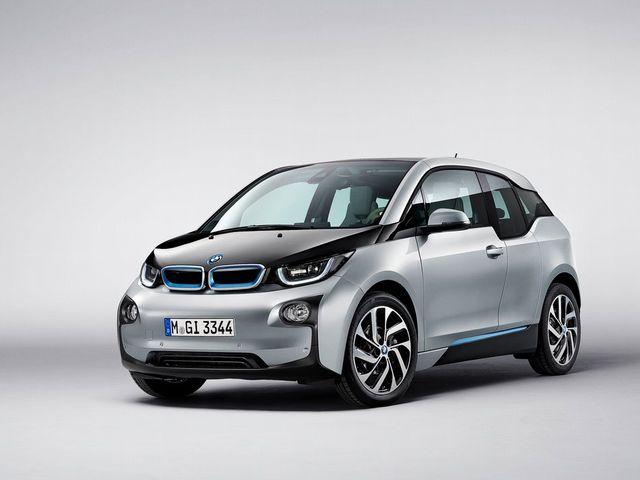 ▲次世代モビリティーを提案するBMWの新しいサブブランド「BMW i」からリリースされたBMW i3。生産用の電力を風力や水力でまかなうなど、開発や生産の段階でも環境負荷の低減を追求している