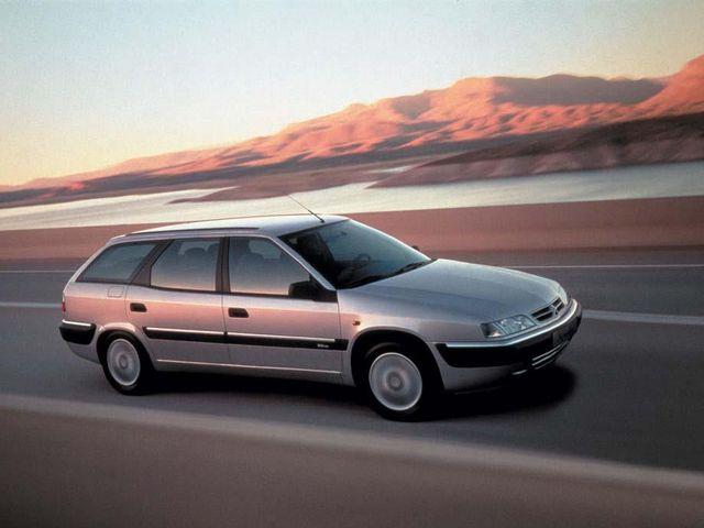 ▲こちらは96年から01年まで販売されたシトロエン エクザンティアブレーク。5ドアのエクザンティアを含め最近は絶滅気味だが、もしも程度良好の物件が残っていればぜひ手に入れたい名車の一つ