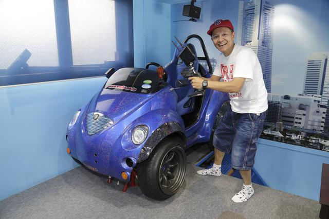 ▲人が乗れるチョロQ電気自動車。これをラジコンにしちゃう発想がすごい!