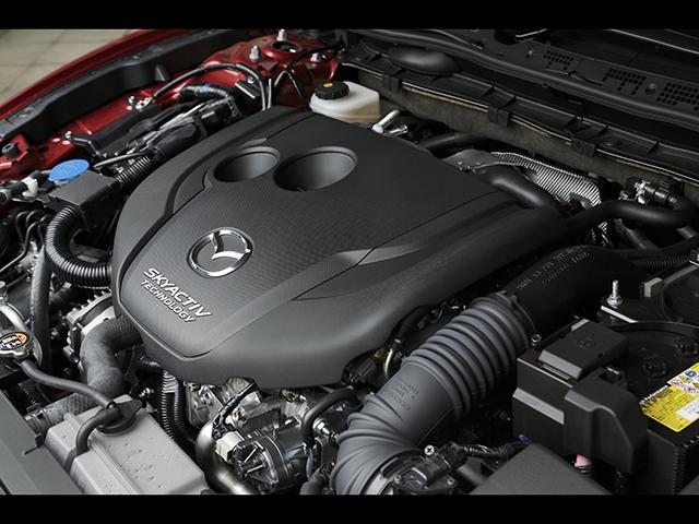 ▲エンジンラインナップは2.2Lディーゼル、2L&2.5Lガソリンの3種類。MTが選択できるのは2.2Lのみ