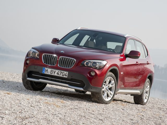 ▲こちらが旧型BMW X1。これの4WDグレードが今、なかなかのお値打ち相場なのです!