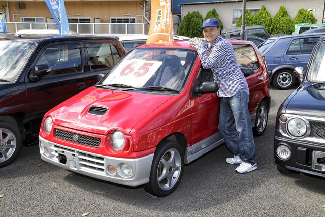 ▲赤いボディが眩しい、現在の軽規格になる前のアルトワークス。この車もBoseさんが目を付けたお店によくあるモデルです