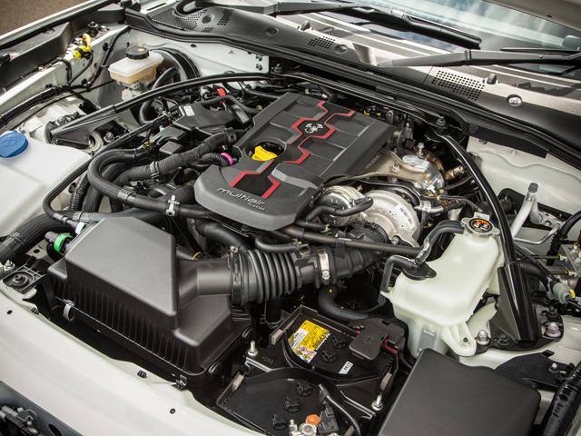 ▲1.4Lマルチエア4気筒ターボを搭載。JC08モード燃費はMTが13.8km/L、ATが12km/L、ノーマルとスポーツ選択できるドライブモードセレクターを標準とした