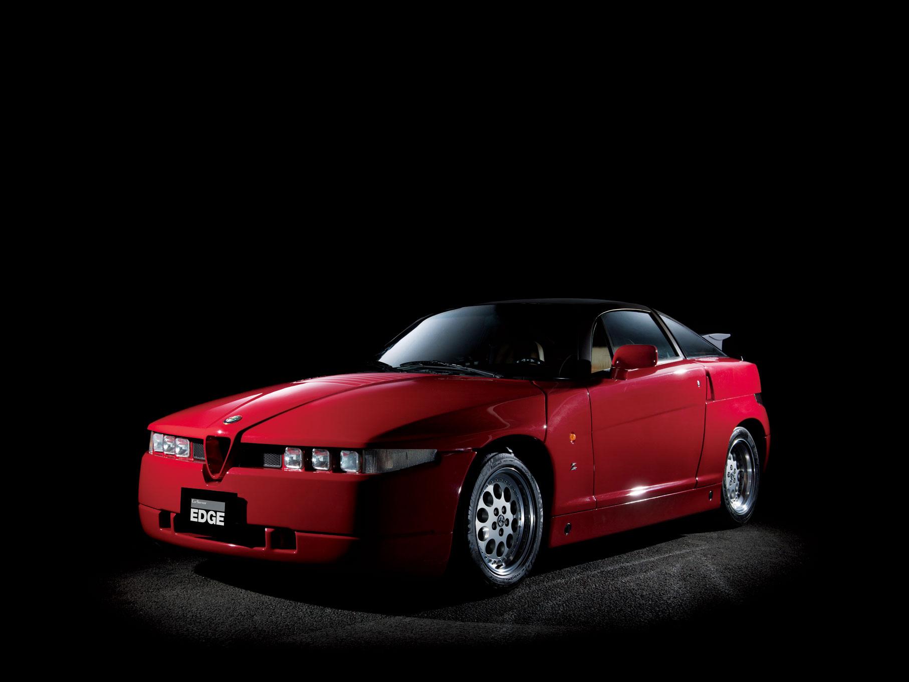 1989年にコンセプトカー「ES-30」として発表され、同年にクーペを「Sprint Zagato」の略であるS.Z.、オープンモデルを「Roadster Zagato」の略であるR.Z.として発売。ES-30はザガートがデザインを担当したが、最終的にはフィアット・デザインセンターのものを採用した。ベースはアルファ75で、駆動方式はFR。S.Z.が1991年まで、R.Z.は1993年までと生産期間も非常に短い。
