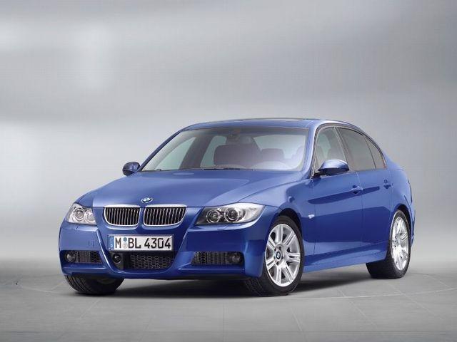 ▲こちらが旧型BMW 3シリーズセダン。写真は「Mスポーツパッケージ」装着車両