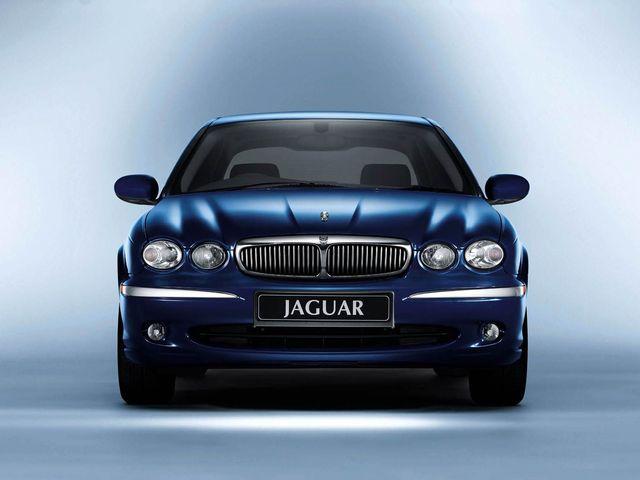 ▲英国製高級車の代名詞ともいえるジャガー。そのなかのとあるモデルに狙いを絞れば、車両価格100万円以下というお手頃予算であっても好条件物件を探し出せること、ご存じでしたか?