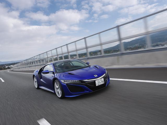 日本人が考えたスーパースポーツカー、NSXはハンドリングが素晴らしい