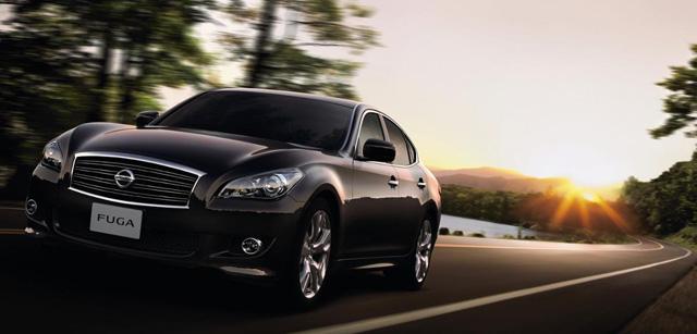 ▲大排気量車の方が中古車平均価格が安くなるというのは、比較的高級モデルで多く見られる。現行型フーガでは約10万円の価格差がついていました