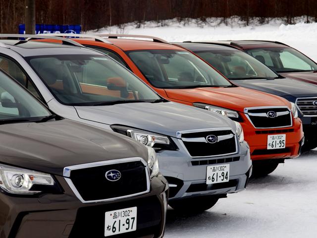 ▲毎年恒例、イッキ乗り試乗会。雪の降り積もる北海道千歳市で行われた