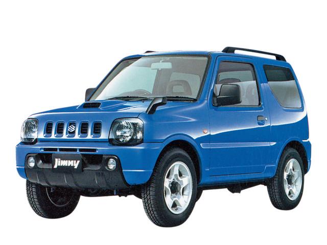 ▲現行モデルが登場したのは、軽自動車が現在のサイズに改定された1998年。デビュー時はフード一体の縦格子グリルが採用されていた