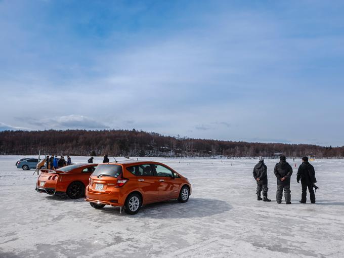 ▲会場となった長野県女神湖。来年も厚い氷が張ってくれることを願う