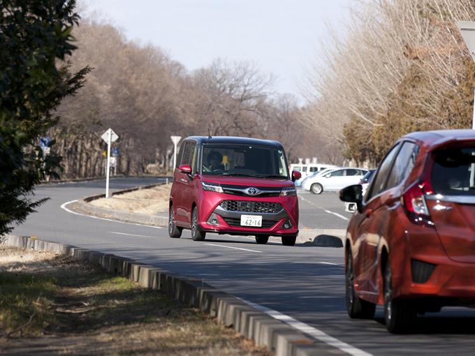 ▲昨年11月にデビューしたトヨタ タンク。今回登場するのは、カスタム仕様だ。「コンパクトハイトワゴン」として新車販売台数も好調のようだ