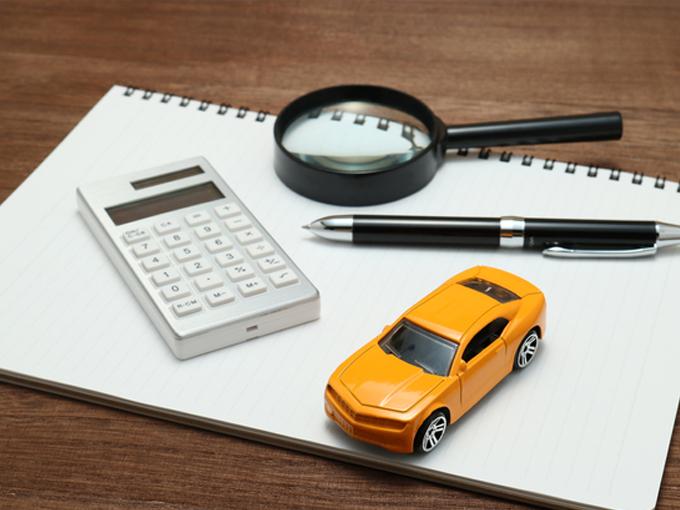 ▲車検が近づくと「愛車を買い替えるか」というテーマで家族会議が開かれる家庭も多いはず。その結果車を買い替えると、愛車が中古車として市場に出てきます。このタイミングが狙い目!