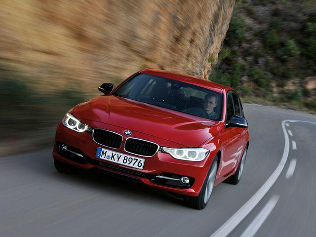 ▲12年1月から販売中の現行BMW 3シリーズ。そのなかでも「320d」という系統が、直列4気筒のディーゼルターボエンジンを搭載している人気グレードです