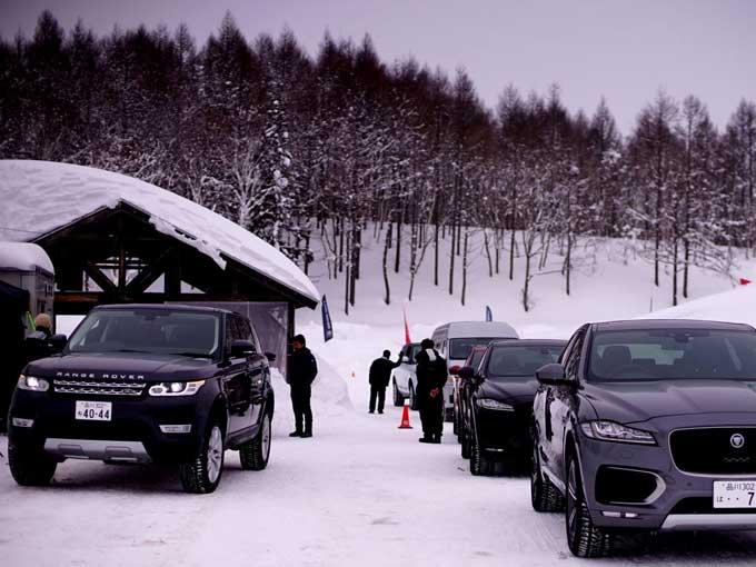 ▲雪上試乗会の様子。待機場所も圧巻の雪景色であった