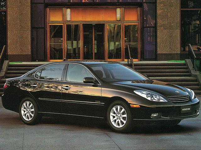 ▲2001年のモデルチェンジで、サッシュ付きドアのセダンに代わったが、この世代を最後に2006年にウィンダムブランドは廃止されて、海外専売となった