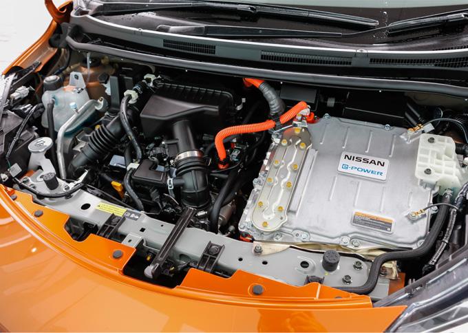 ▲日産 リーフで培った先進のモータードライブシステムと発電用エンジンを組み合わせた新時代のパワートレイン
