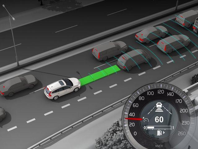 ▲「セーフティパッケージ」は、ヒューマンセーフティと全車速追従機能付きACC(アクティブ クルーズ コントロール)、車線逸脱警告機能、斜め後方の車両接近を警告する「BLIS(ブリス=ブラインド スポット インフォメーション システム)」などがセットになっています