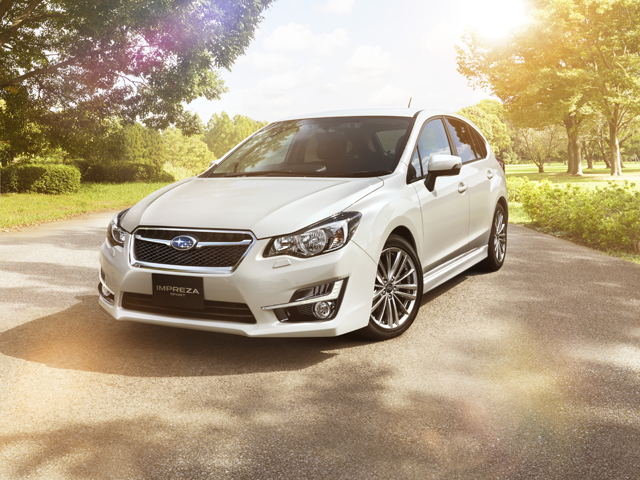 ▲現行型がヒットしているインプレッサですが、中古車業界では旧型が買いやすくなっています。2014年11月以降のモデルは大きく進化しているのでオススメですよ