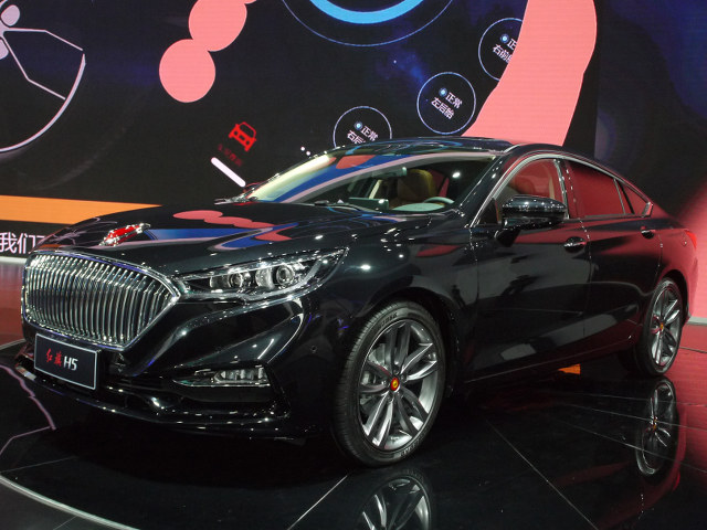 ▲かつては、中国共産党幹部などの専用車だった、由緒ある紅旗(ホンキ)ブランドの新型車が、H5だ。2016年春に開催された北京モーターショーにて、出品されたBコンセプトをベースとする市販化モデル。2017年中には正式発表される予定