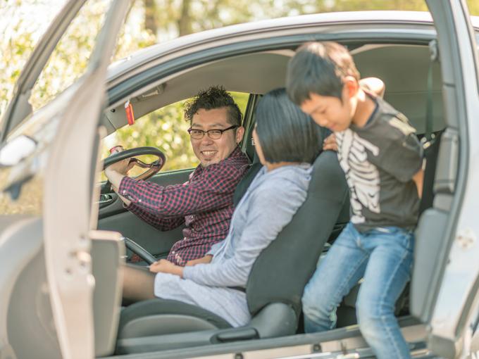 ▲家族の理解を得て、スポーツカーを所有。この幸せそうな画を見て「う、羨ましい……」と思うパパが全国にはたくさんいるだろう