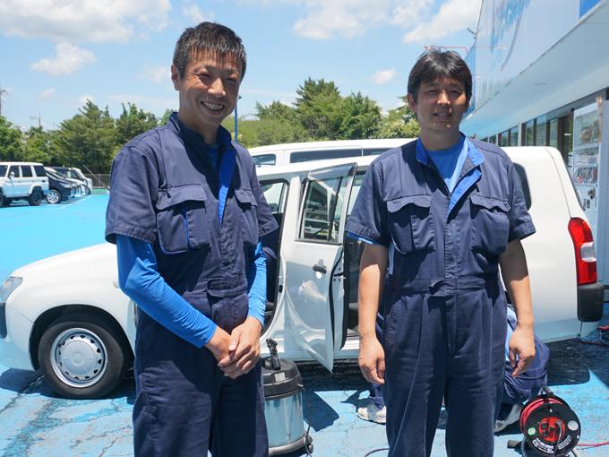 ▲カーメイトサクセス春日部店・職業体験担当者の白井さん(左)と店長の宇田川さん(右)