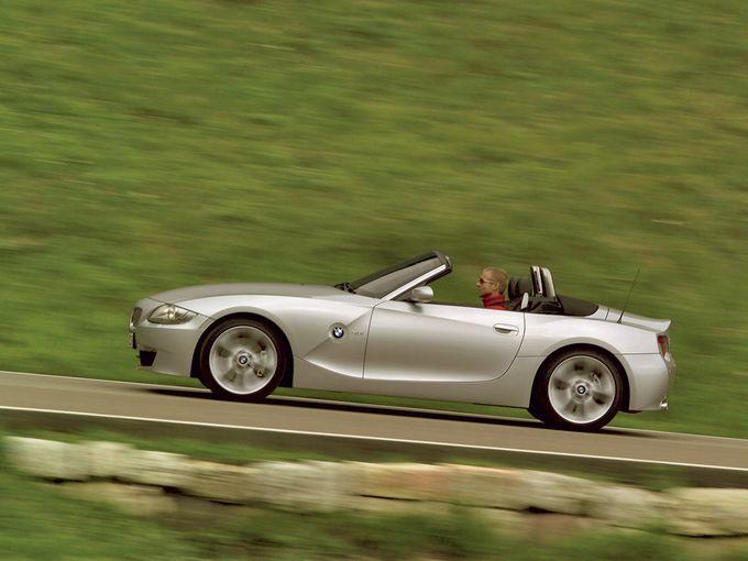 ▲こんな感じのオープンカーが欲しいのだそうです。男のロマンなんだそうです。……困った話です