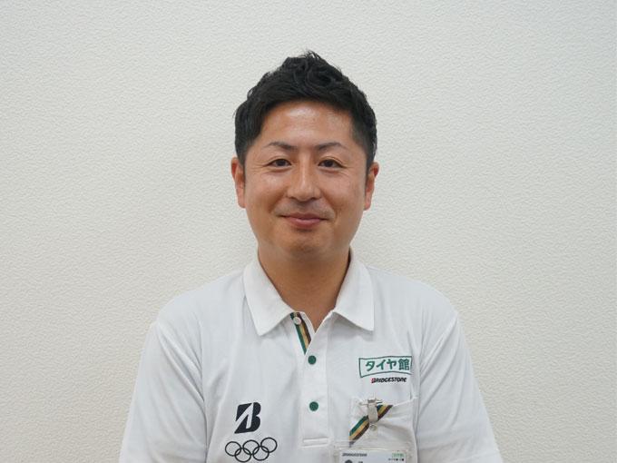 ▲今回お話をお伺いした、タイヤ館板橋店の店長・池野耕平さん