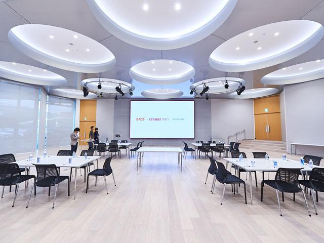 ▲会議ホール(ショールームに併設)。この素敵な会場では様々な企業がイベントや講演を行っています