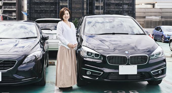 ▲左は旧愛車のボルボ V40。奥様の沙紀さんは現在妊娠9ヵ月。おなかの赤ちゃんも、素敵な車に乗る日が待ち遠しいだろう
