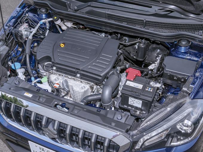 ▲搭載されるエンジンは1.6Lの直4DOHC。トランスミッションはCVTから6ATに変更された