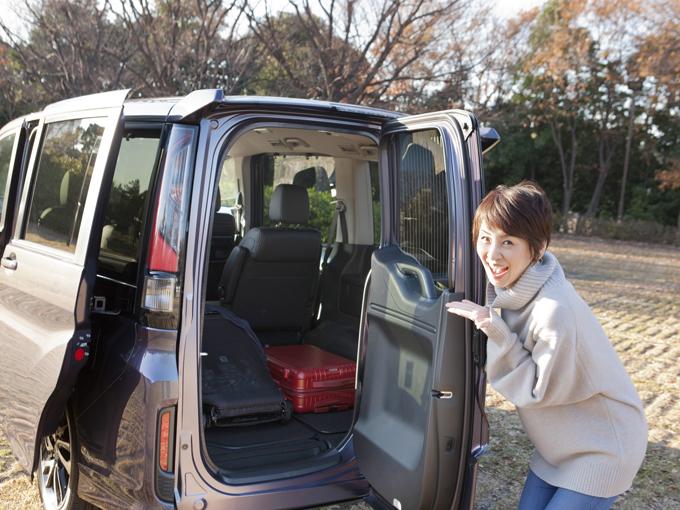 ▲小さい子供とのお出かけに必須のベビーカー、車に積むとなると結構な荷物になります。そこで、1泊旅行に行くとしたら、ちゃんとベビーカーや荷物が積めるのか、使い勝手はどうなのか、ママ目線で検証します!