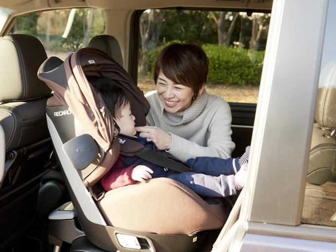 ▲狭い空間で子供がぐずると閉塞感でストレスも募るもの。この広さであれば、ママもリラックスして赤ちゃんと過ごせます