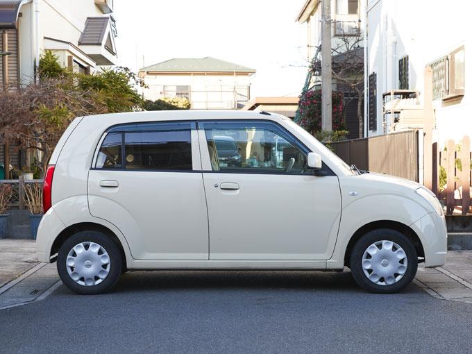 ▲小さく小回りが利くピノは、運転がしやすく気に入っているという