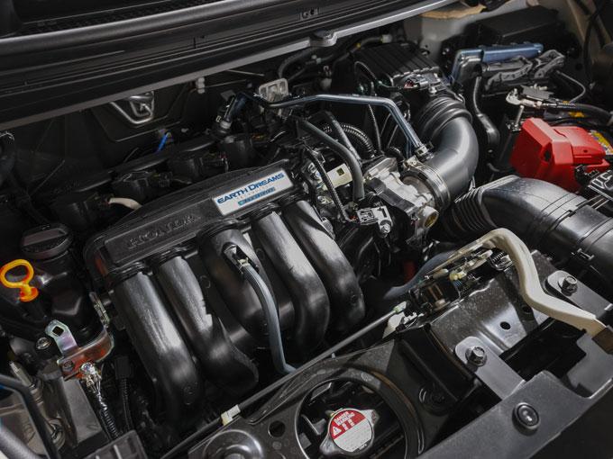 ▲燃費と静粛性だけがモーター搭載のメリットではない。スポーティな走りにも貢献しており、ドライブする楽しさを高めてくれている