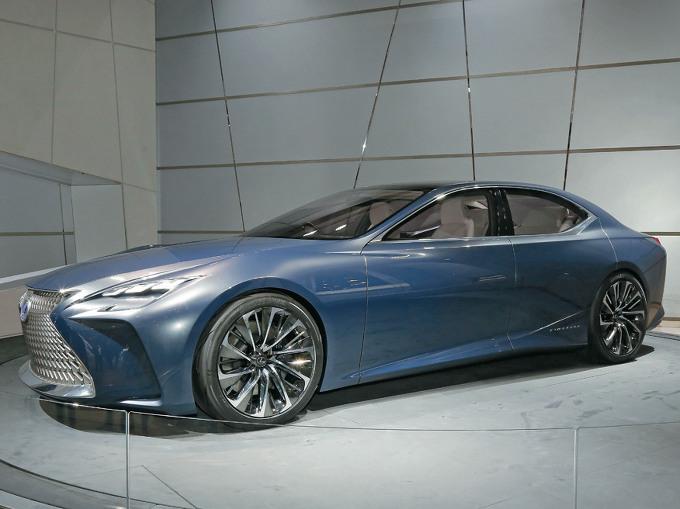 ▲燃料電池サルーンのコンセプトモデルとして、2015年の東京モーターショーに参考出品されたレクサス LF-FC