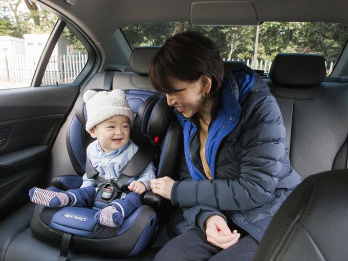 ▲毎週必ず車で息子とお出かけ。歩けるようになったらディズニーランドデビューさせようと目論見中