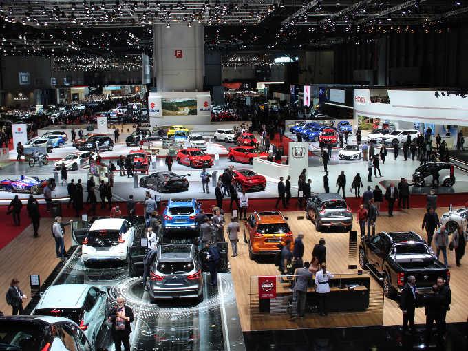 ▲日本車メーカーも、あの往年の名車が復活したり、次期モデルを示唆するスタディモデルを発表したりと、華々しい印象が強かった