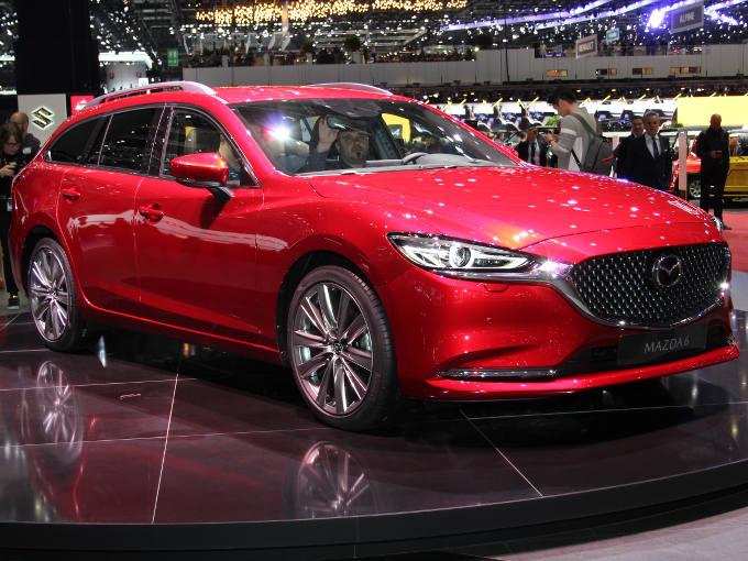 ▲マツダはジュネーヴで、6ワゴン(日本名、アテンザワゴン)の改良モデルを発表。セダンは2017年秋のLAモーターショーで発表されたが、ワゴン版もセダンと同様の変更が施されていた。従来型より凛々しくなったフロントフェイスが印象的だった