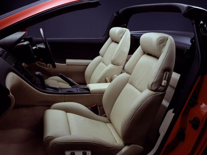 ▲フェアレディZコンバーチブルは2シーターのみ設定(写真は1991年東京モーターショー参考出品車)