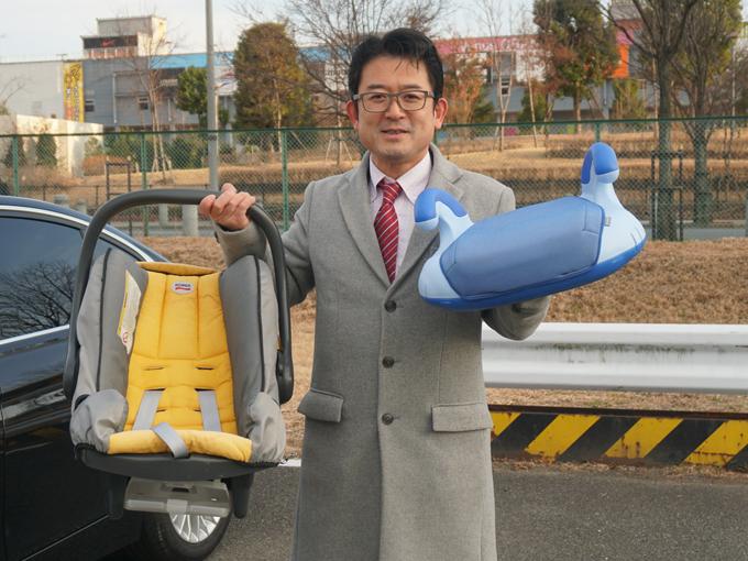 ▲チャイルドシート認定指導員の高橋さん。親子向けのチャイルドシート啓発イベントなどで子供の安全を守る活動をされています