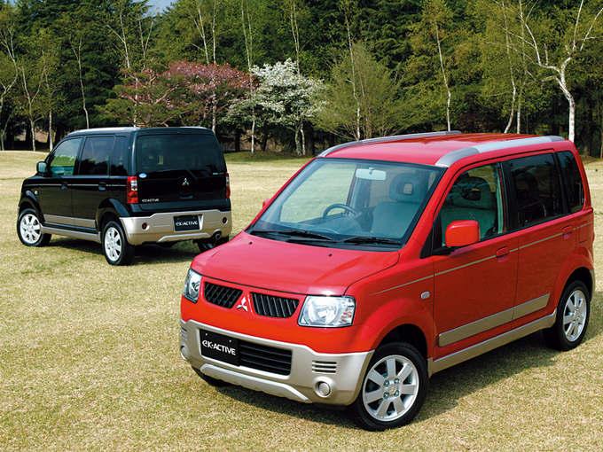 ▲初代eKワゴンの派生車として、2004年5月に発表された、eKアクティブ。ノーマルeKワゴンより10mm高い車高や専用バンパー、専用アルミ、ルーフレールなどが与えられて、SUVテイストが演出された