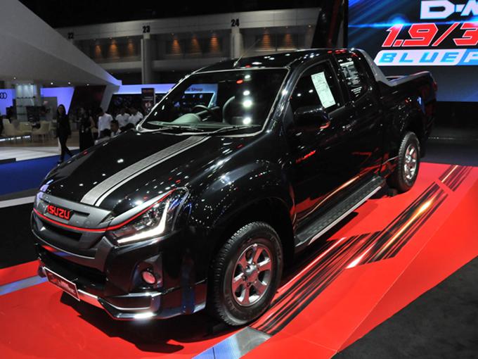 ▲いすゞの量販モデルはピックアップトラックのD-MAX。このD-MAXのリアセクションをフルカバードにしたモデルがmu-X
