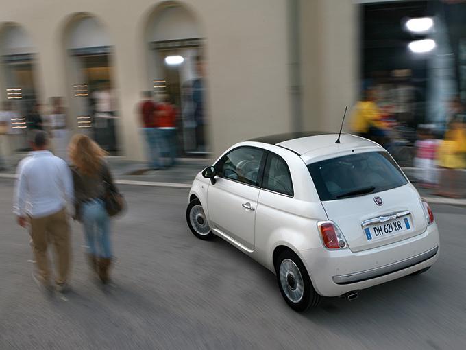 ▲毎日でも乗りたくなる。それが「愛車」となる車に求めることであり、レンタカーとは違うところ。そんな「愛」したくなる魅力を備えた中古車を今回は紹介しよう