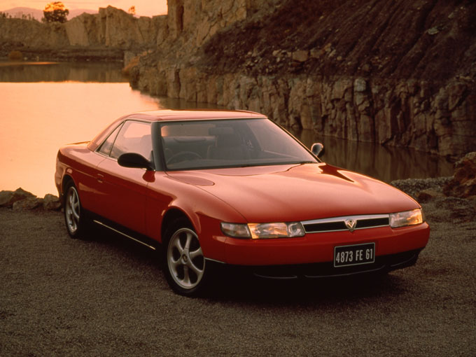 絶滅危惧車のユーノスコスモは、クーペの頂点を目指して作られた車だった:特選車|日刊カーセンサー