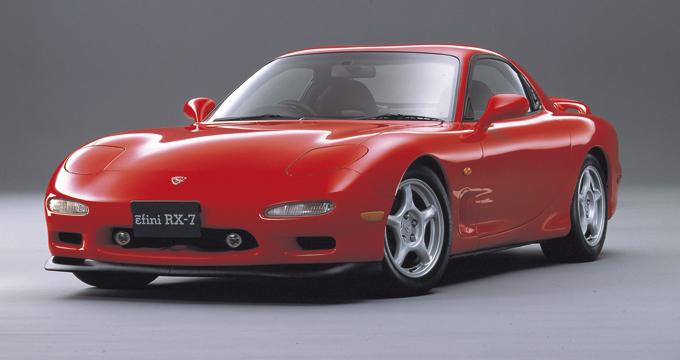 """▲良いものが高いのは当然だが、FD型をはじめ相場が高騰している絶版国産スポーツカーは""""そこそこ良い""""の見極めが難しい。感覚重視で選べるようになってほしいジャンルだ"""