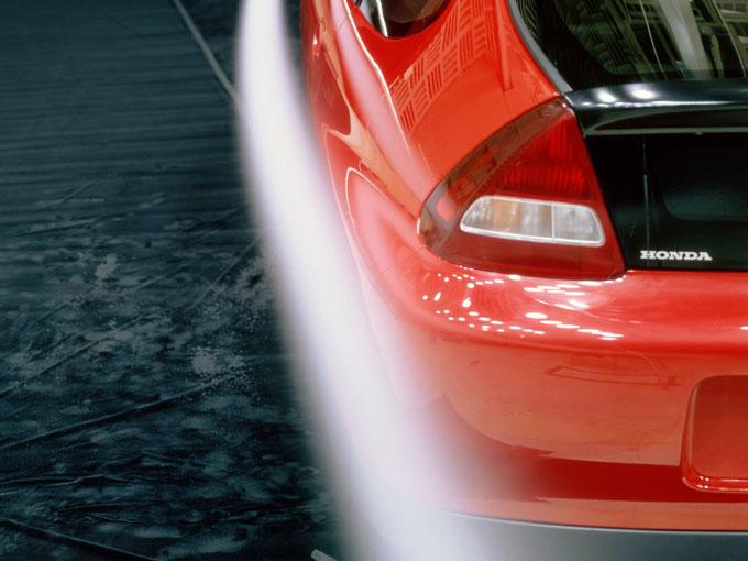 ▲中でもリアタイヤまわりのデザインが特徴的だが、これも空気抵抗を減らすためのこだわりのひとつ