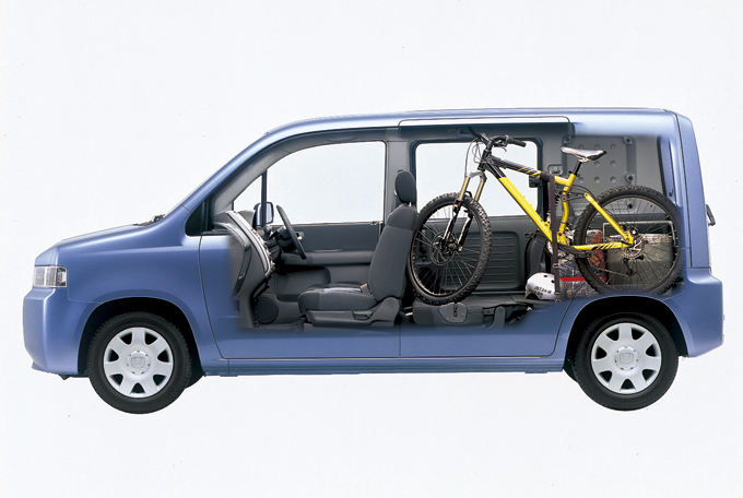 ▲マウンテンバイクなら3台積めちゃうらしいです(人は2人しか乗れませんが)