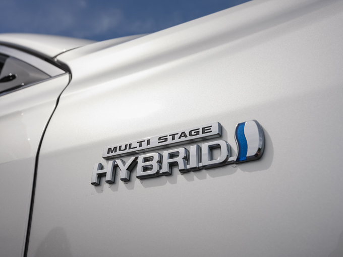 ▲3.5L HVはレクサスに採用されているマルチステージハイブリッドシステムを搭載