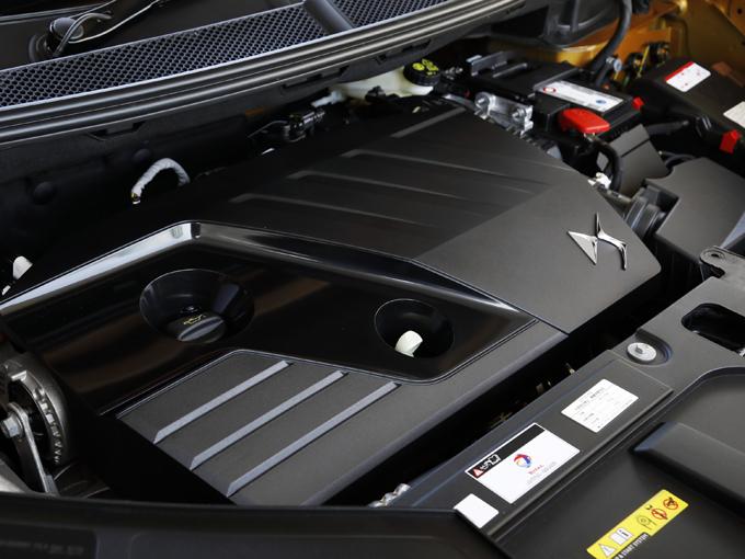 ▲2.0Lターボディーゼルのエンジン